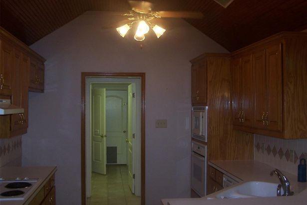 4006 Appian Way