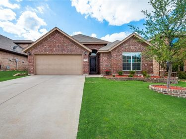 6049 Warmouth Drive, Fort Worth, TX, 76179,