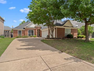 6912 Windwood Trail, Fort Worth, TX, 76132,