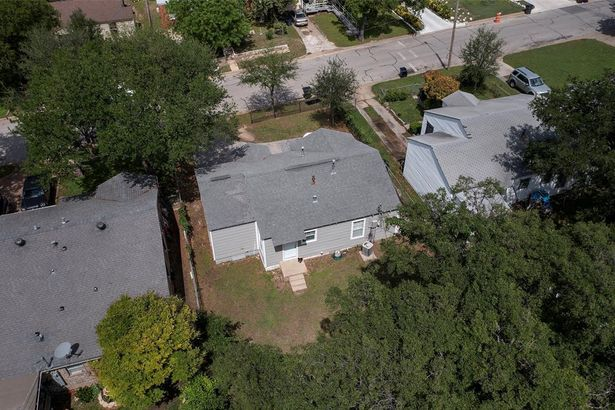 2715 NW 35th Street