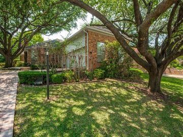 1700 Crockett Circle, Irving, TX, 75038,
