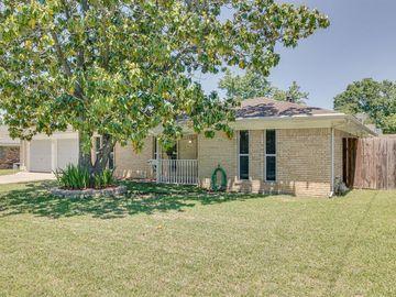 6128 Walla Avenue, Fort Worth, TX, 76133,