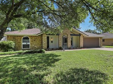 7312 Laurie Drive, Fort Worth, TX, 76112,