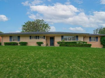 1712 Ridgmar Boulevard, Fort Worth, TX, 76116,
