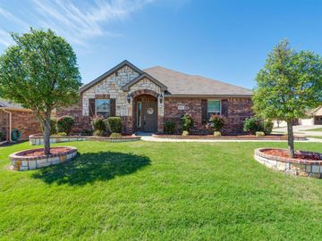 8717 Vista Royale Drive, Fort Worth, TX, 76108,