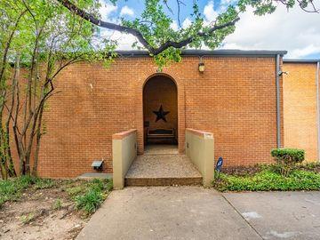 538 E Avenue J #B, Grand Prairie, TX, 75050,