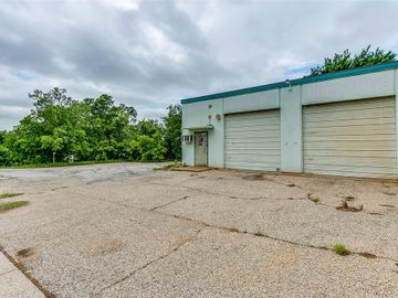 1004 W Bluff Street, Fort Worth, TX, 76102,