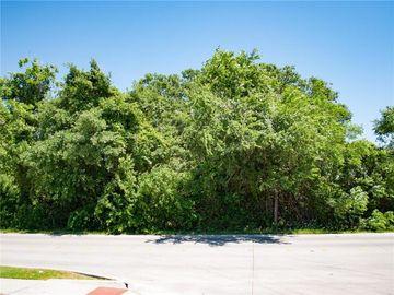 1000 Sandy Lane N, Fort Worth, TX, 76120,
