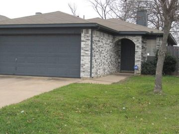 2517 Winding Road, Fort Worth, TX, 76133,