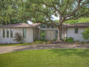 4405 Dunwick Lane, Fort Worth, TX, 76109,