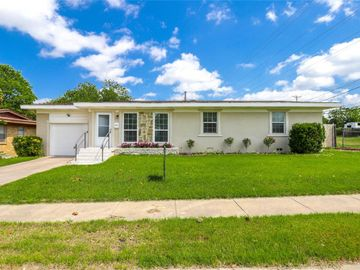 8328 Monmouth Drive, Fort Worth, TX, 76116,