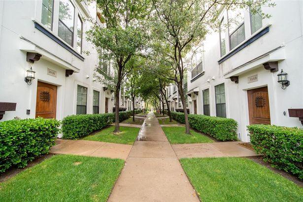 3032 Carmel Street