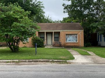 3537 Mission Street, Fort Worth, TX, 76109,