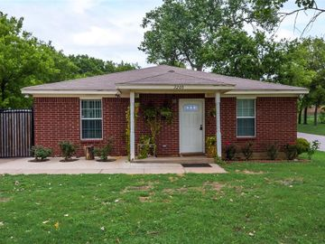 3200 23rd Street, Fort Worth, TX, 76106,
