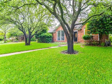 8021 Sunscape Lane, Fort Worth, TX, 76123,