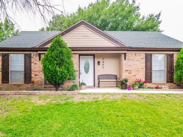 7045 Shadow Bend Drive, Fort Worth, TX, 76137,