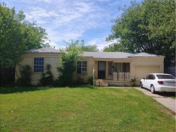 1108 S Roselane Street, Fort Worth, TX, 76112,