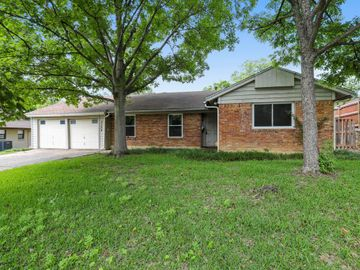3304 Covert Avenue, Fort Worth, TX, 76133,