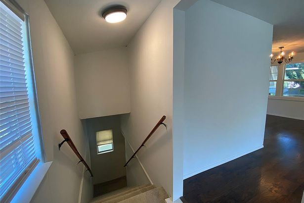 700 Lamp Post Lane