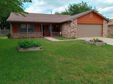 5936 Springtide Drive, Fort Worth, TX, 76135,