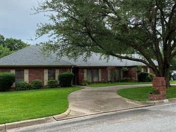 1180 Oval Drive, Athens, TX, 75751,