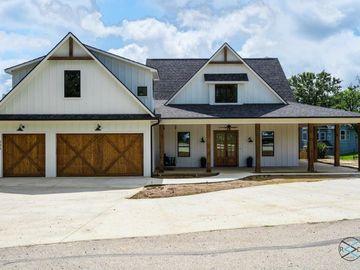 205 Oak Creek Drive, Tool, TX, 75143,
