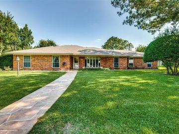 2001 Meadow Court, Grand Prairie, TX, 75050,