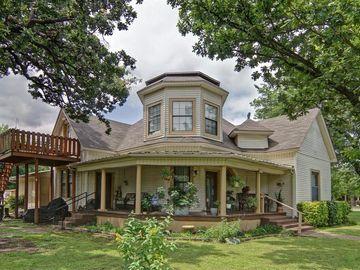 615 SW 15th Street, Mineral Wells, TX, 76067,