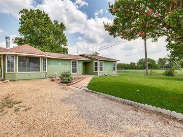 4436 Hodgkins Road, Lake Worth, TX, 76135,