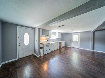 5413 Amherst Avenue, River Oaks, TX, 76114,