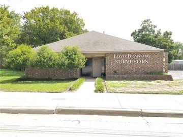 1028 N Sylvania Avenue, Fort Worth, TX, 76111,