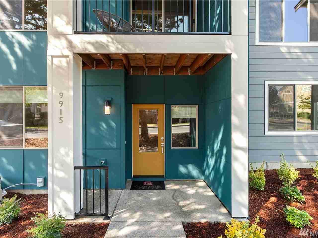 9915 10th Ave SW Seattle, WA, 98106