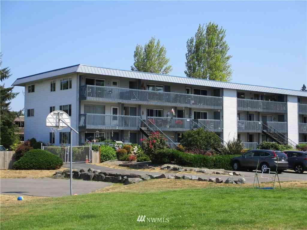 22999 Marine View Drive S #D301, Seattle, WA, 98198,
