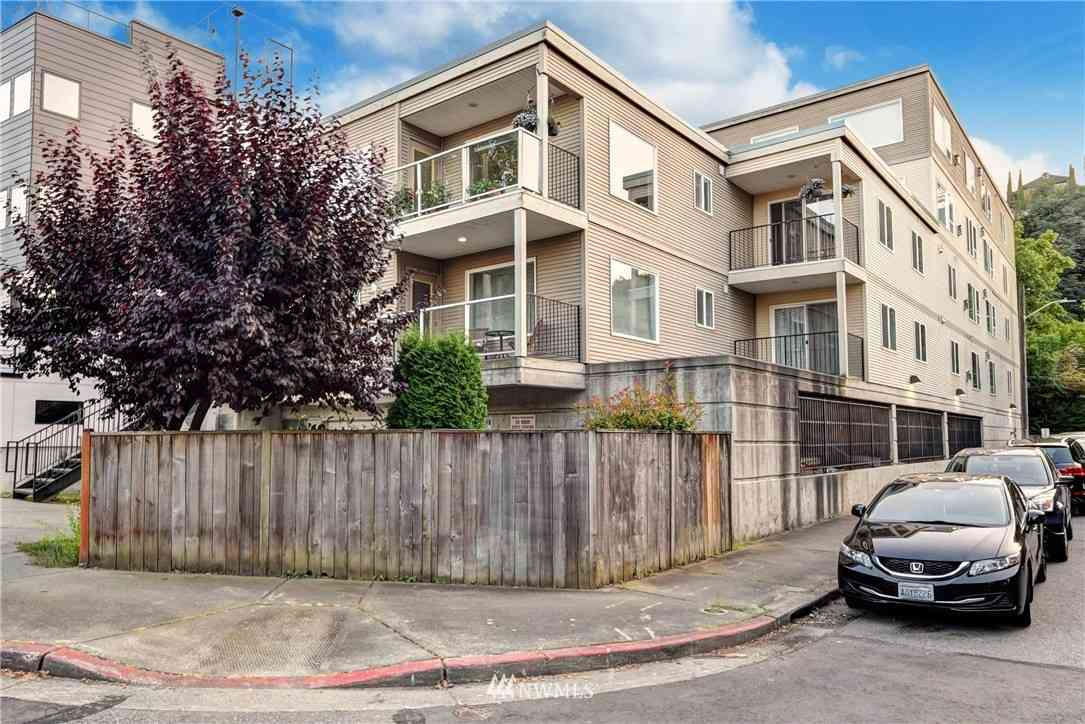 559 McGraw Street #105, Seattle, WA, 98109,