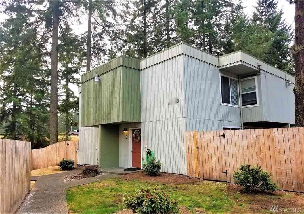 13055 Pacific Hwy SW #D, Lakewood, WA, 98499,