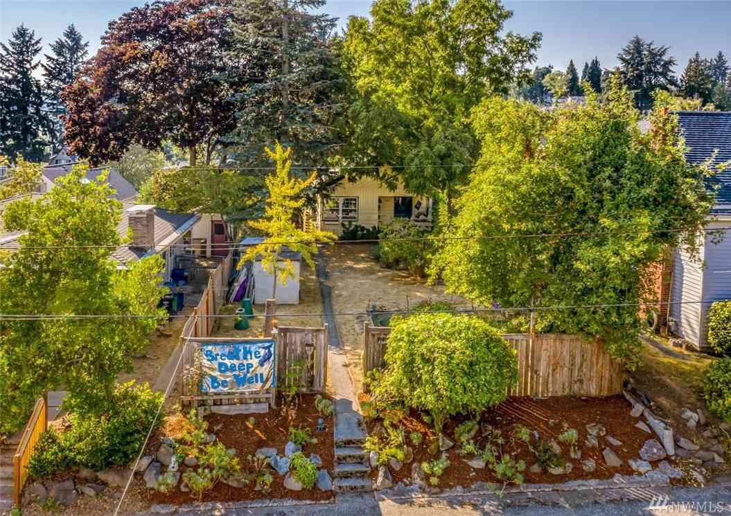 7031 Ravenna Ave NE, Seattle, WA, 98115,
