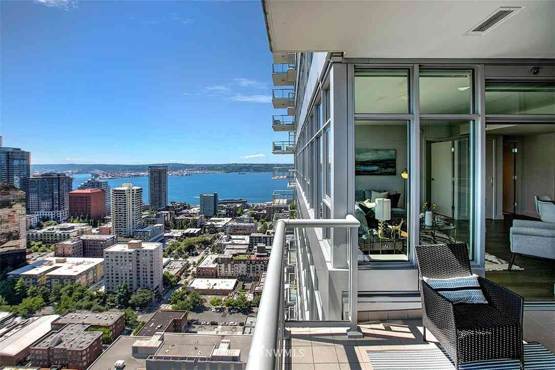 583 Battery Street #3501, Seattle, WA, 98121,