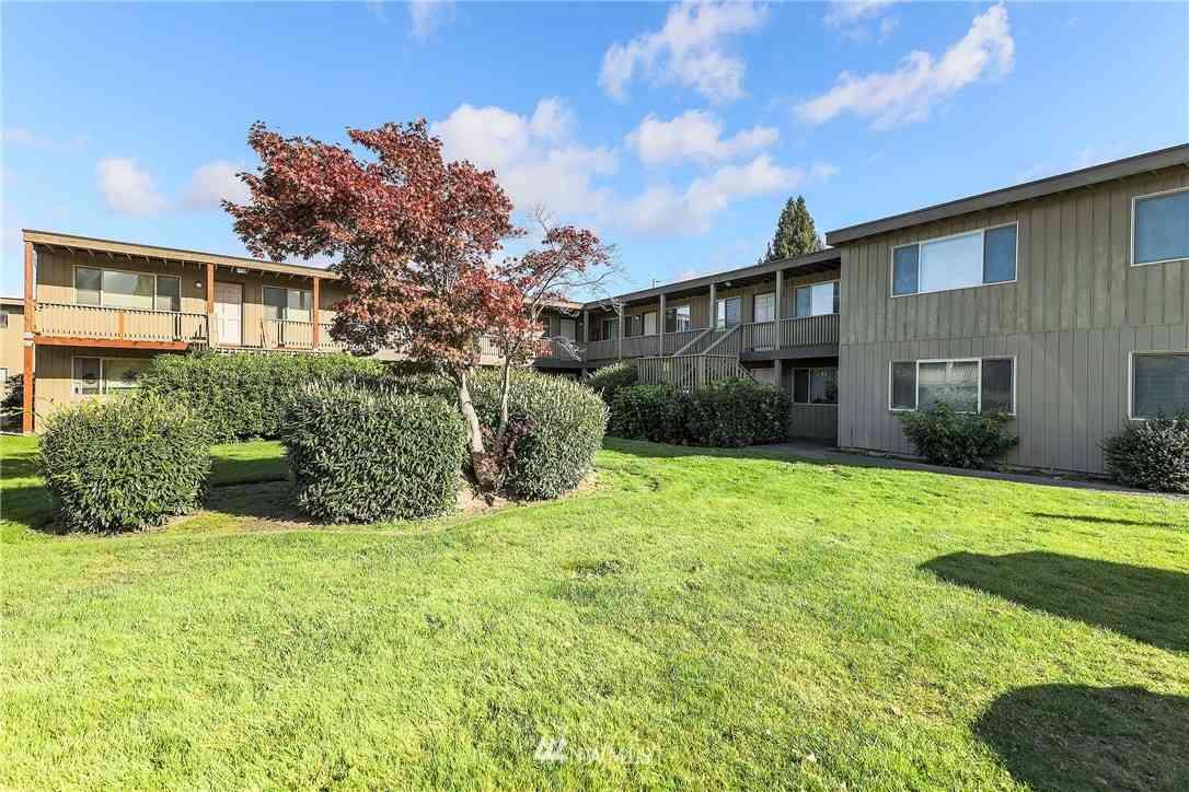120 136th Street S #1-64, Tacoma, WA, 98444,