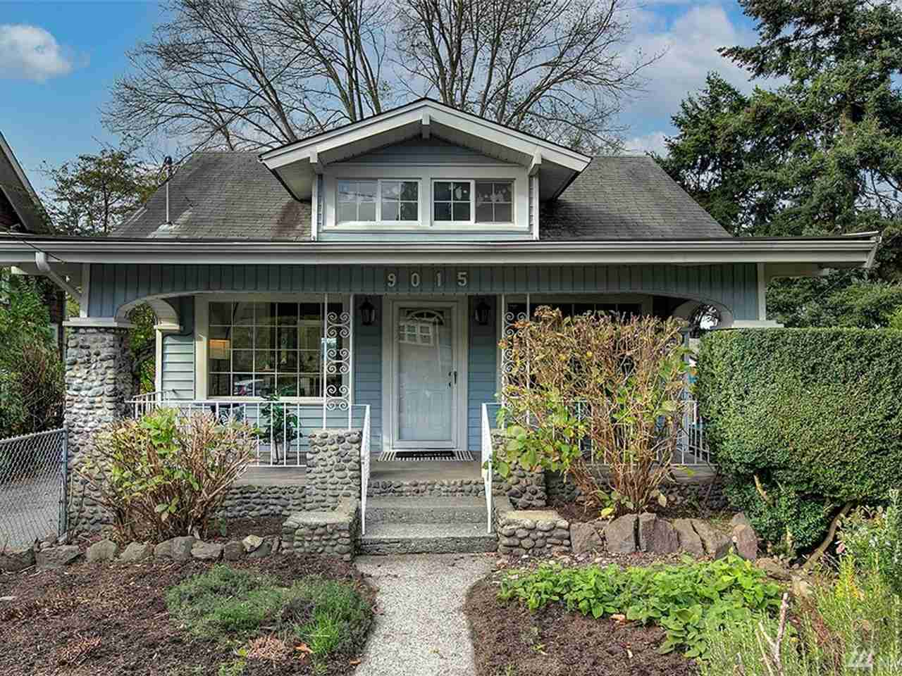 9015 Phinney Ave N Seattle, WA, 98103
