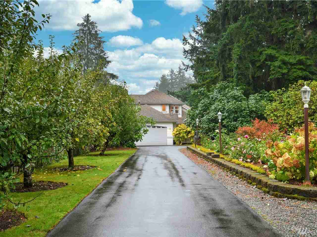 24219 Crystal Lake Rd Woodinville, WA, 98077