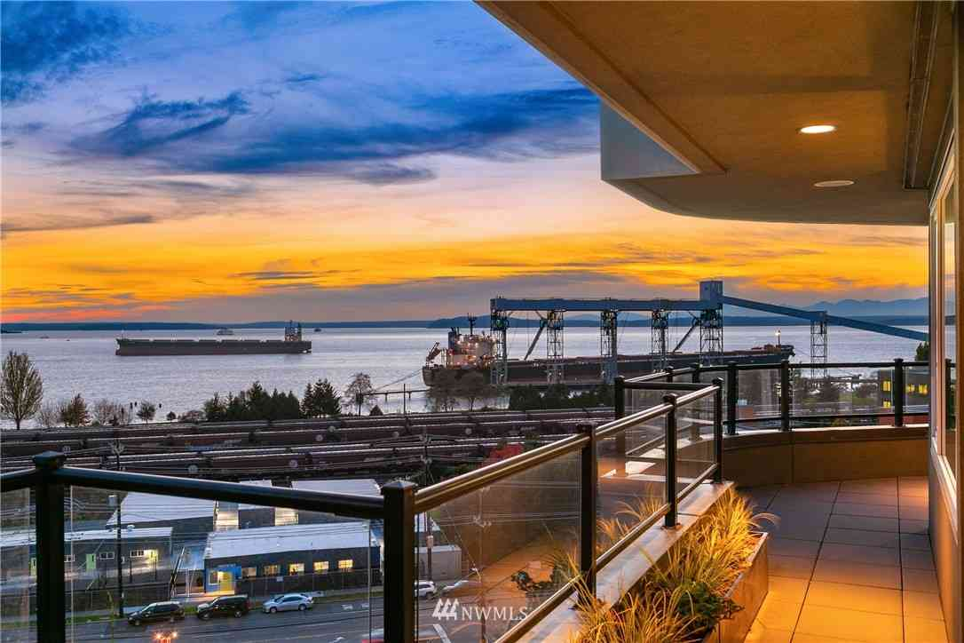 505 W Mercer Place #300, Seattle, WA, 98119,