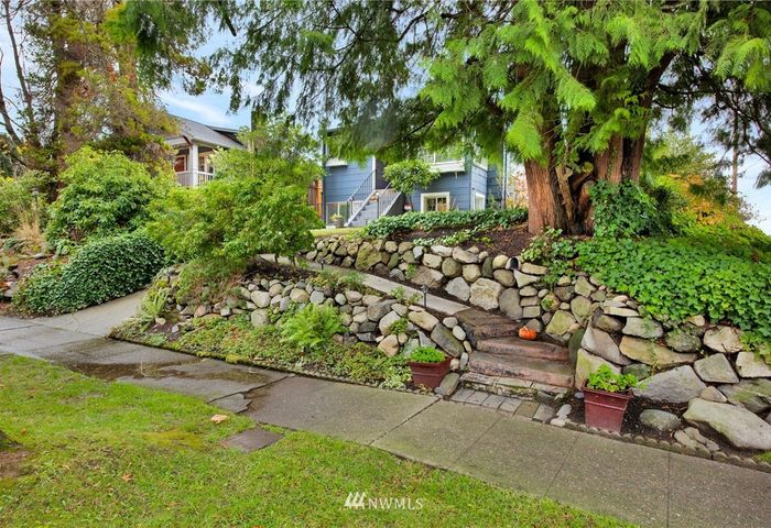 4456 40th Ave SW