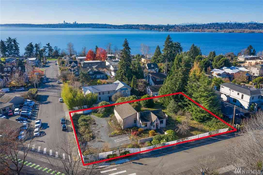 207 8th Ave W, Kirkland, WA, 98033,