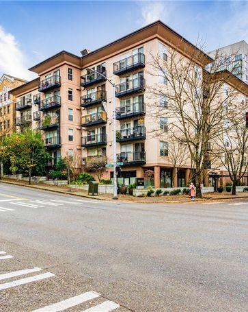 1323 Boren Ave #606 Seattle, WA, 98101