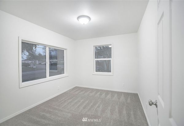 353 SW 3rd Avenue