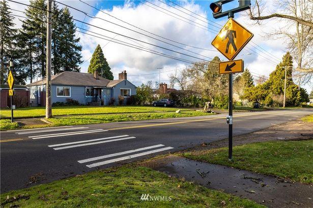 5942 S Sheridan Avenue