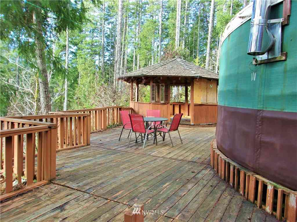372 Rocky Brook Road, Brinnon, WA, 98320,