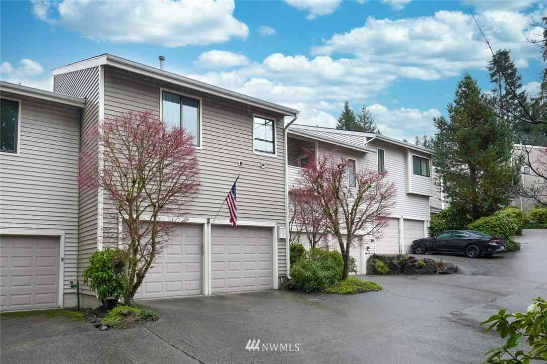 1400 Bellevue Way SE #2, Bellevue, WA, 98004,