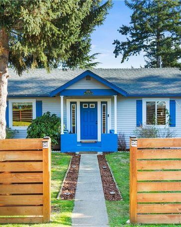 10740 N Park Ave N Seattle, WA, 98133