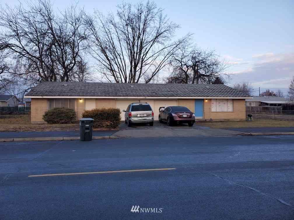 2728 W Peninsula Drive, Moses Lake, WA, 98837,